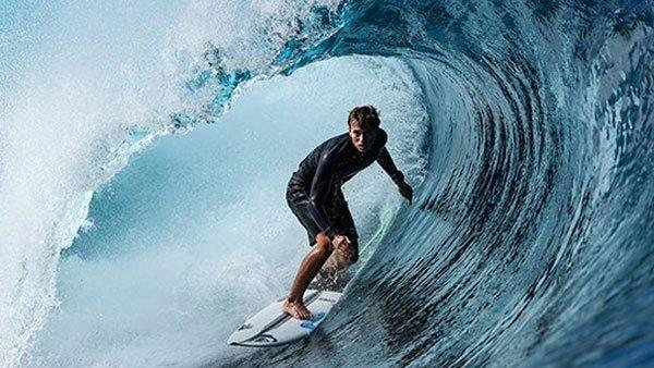 canon-eos-1d-x-mark-iii-surfen