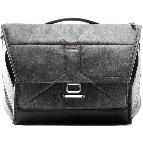 Peak Design Everyday Messenger Bag 15 Fototasche - Frontansicht