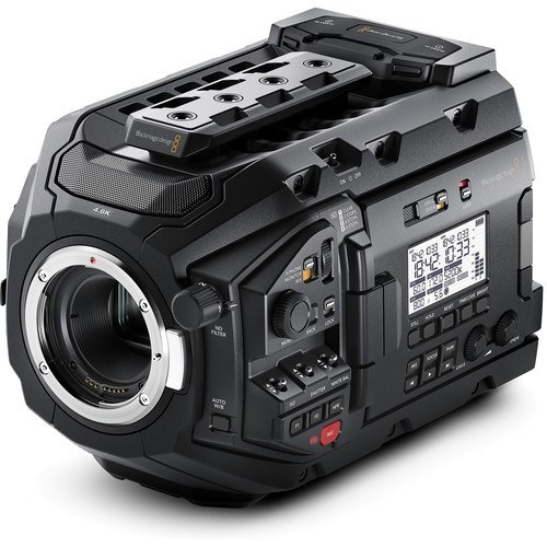 Blackmagic URSA Mini Pro 4.6K Digital Cinema Kamera - Schrägansicht
