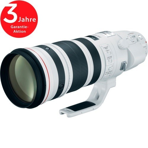 Canon EF 200-400mm f/4 L IS USM Objektiv - Schrägansicht