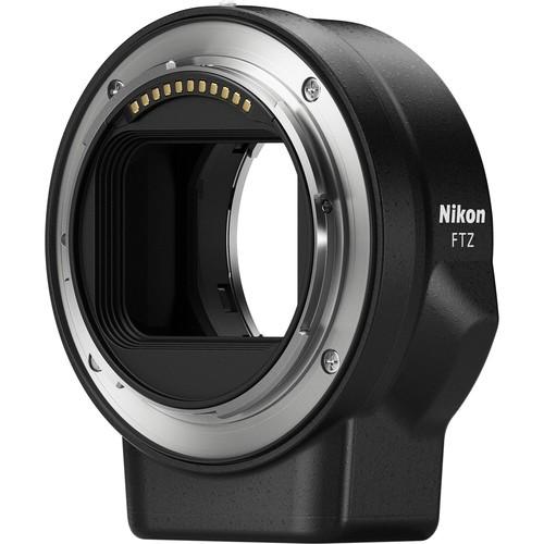Nikon FTZ Bajonett Adapter - Schrägansicht