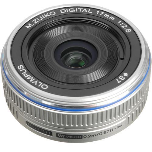 Olympus M.Zuiko Digital 17mm f/2.8 Pancake Objektiv silber
