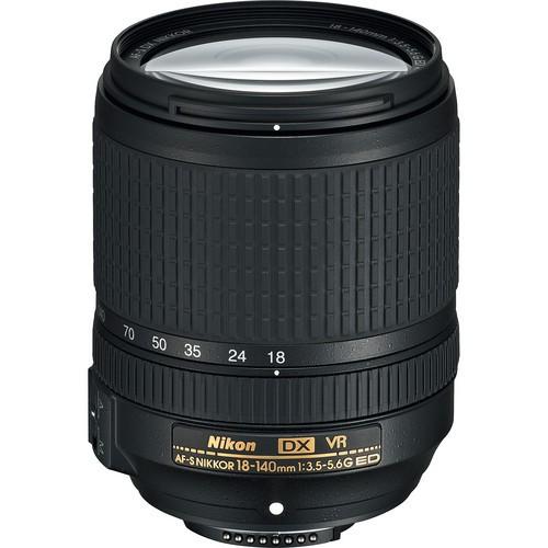 Nikon AF-S DX Nikkor 18-140mm f/3.5-5.6 G ED VR Objektiv