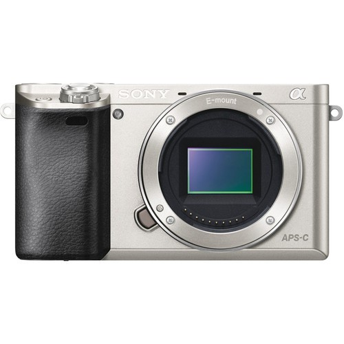 Sony Alpha 6000 Gehäuse silber - Frontansicht