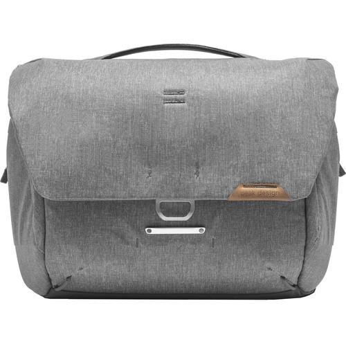 Peak Design Everyday Messenger Tasche V2 13 Liter ash - Frontansicht