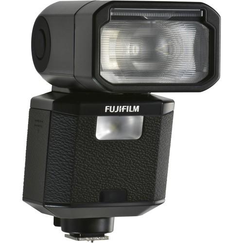 Fujifilm EF-X500 Blitzgerät - Schrägansicht