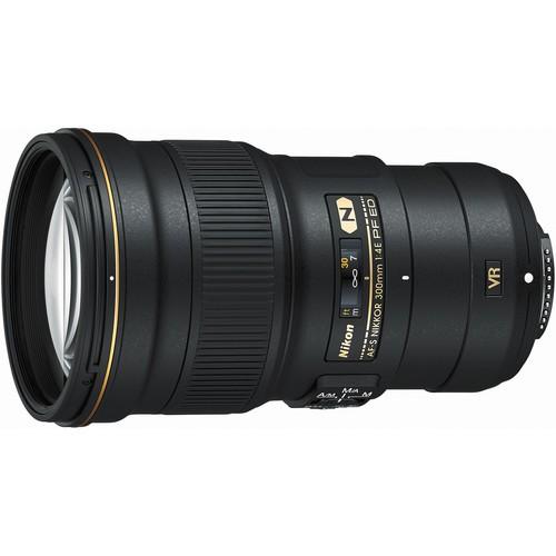 Nikon AF-S Nikkor 300mm f/4 E PF ED VR Objektiv