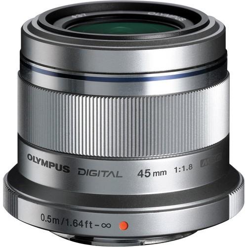 Olympus M.Zuiko Digital 45mm f/1.8 Objektiv silber