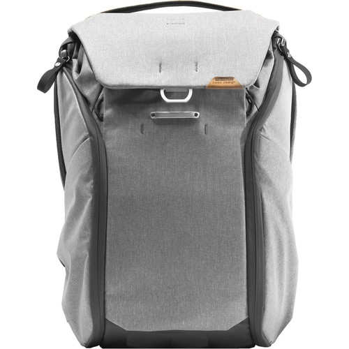 Peak Design Everyday Rucksack v2 (20L, Ash) - Frontansicht
