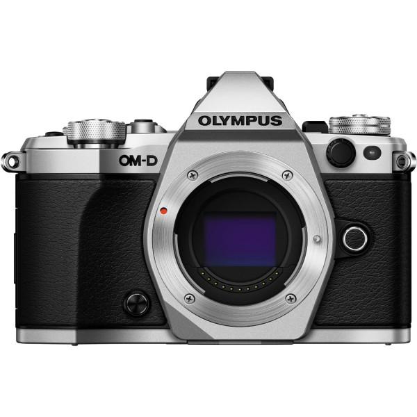 Olympus OM-D E-M5 Mark II Gehäuse silber - Frontansicht