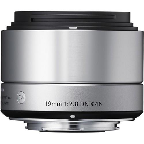 Sigma 19mm f/2.8 DN Art Silber Objektiv für Sony E - Frontansicht