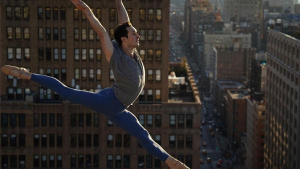 sony-alpha-7-iii-ballerina