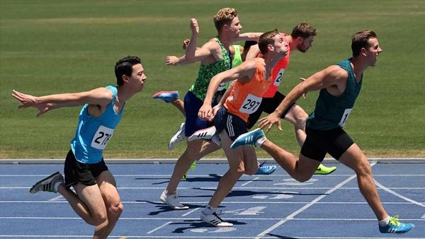 nikon-d6-gehaeuse-runners-example
