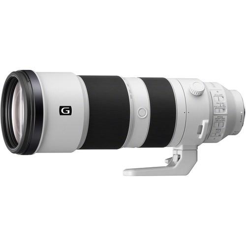Sony FE 200-600mm f/5.6-6.3 G OSS Objektiv - Schrägansicht