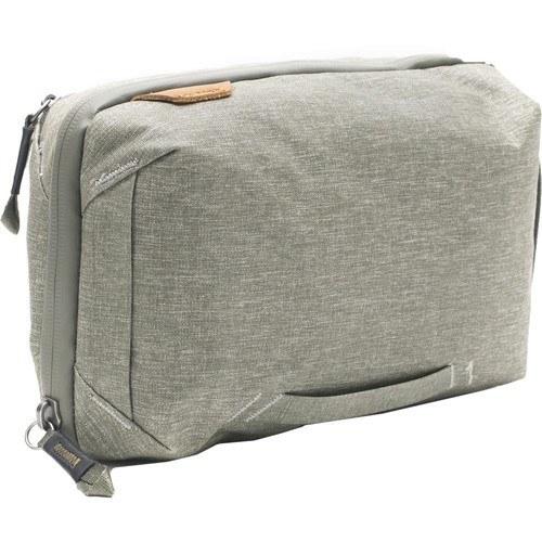 Peak Design Travel Tech Pouch Tasche sage - Schrägansicht