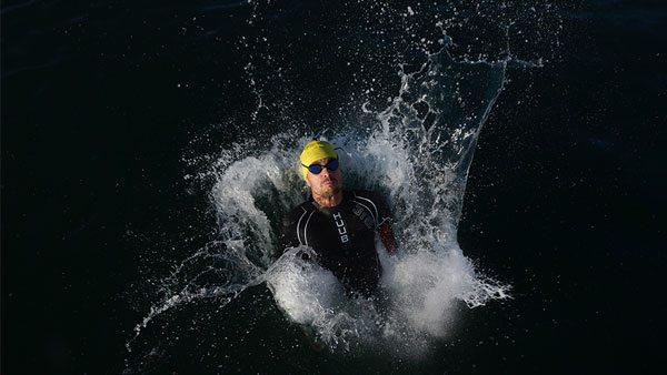 fujifilm-gfx-50r-swimmer