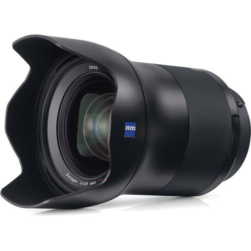Zeiss Milvus 25mm f/1.4 Objektiv - Schrägansicht